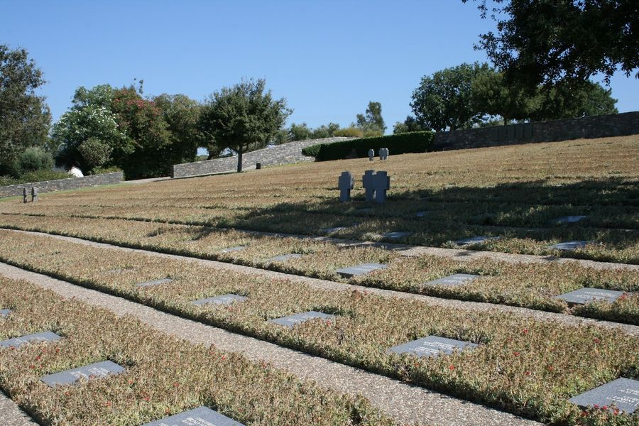 Германское военное кладбище