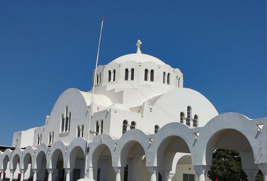 Кафедральный собор, Тира