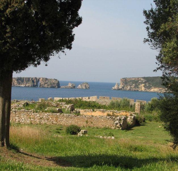 Крепость Ниокастро