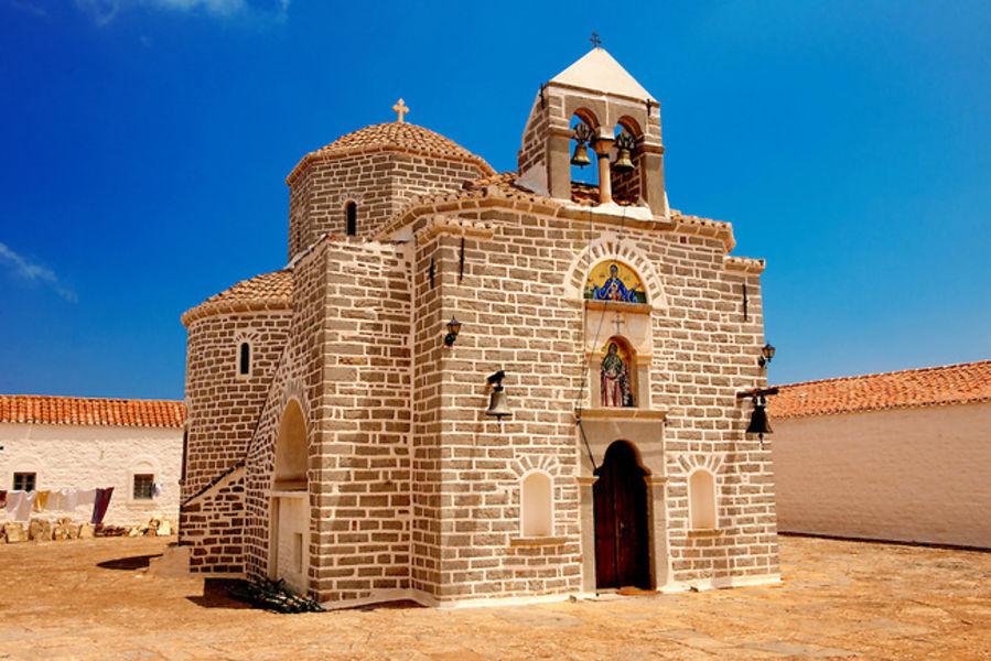 Монастыри Айия Эвпраксия и Профитис Илияс