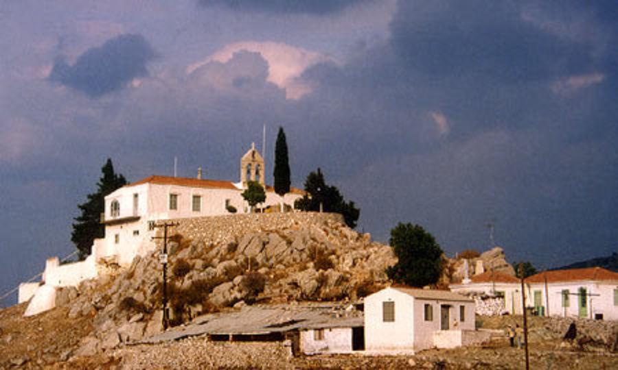 Монастыри Св. Матроны, Св. Троицы и Св. Николая
