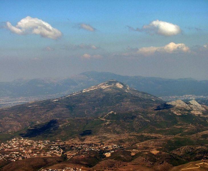 Гора Парнис