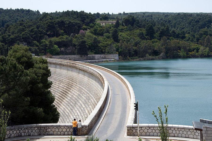 Марафонское озеро