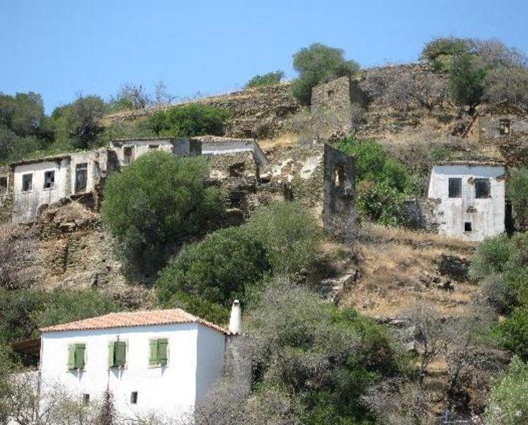 Деревня Каравас