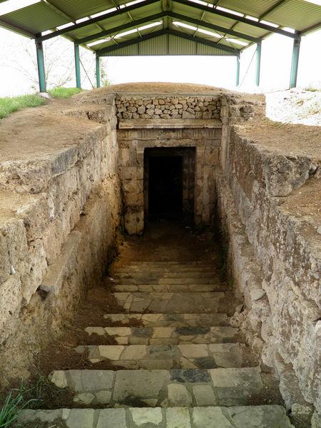 Гробницы Лефкадии