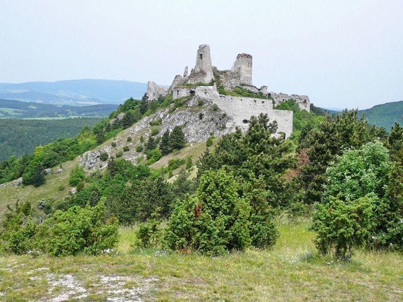 Замок Чахтице