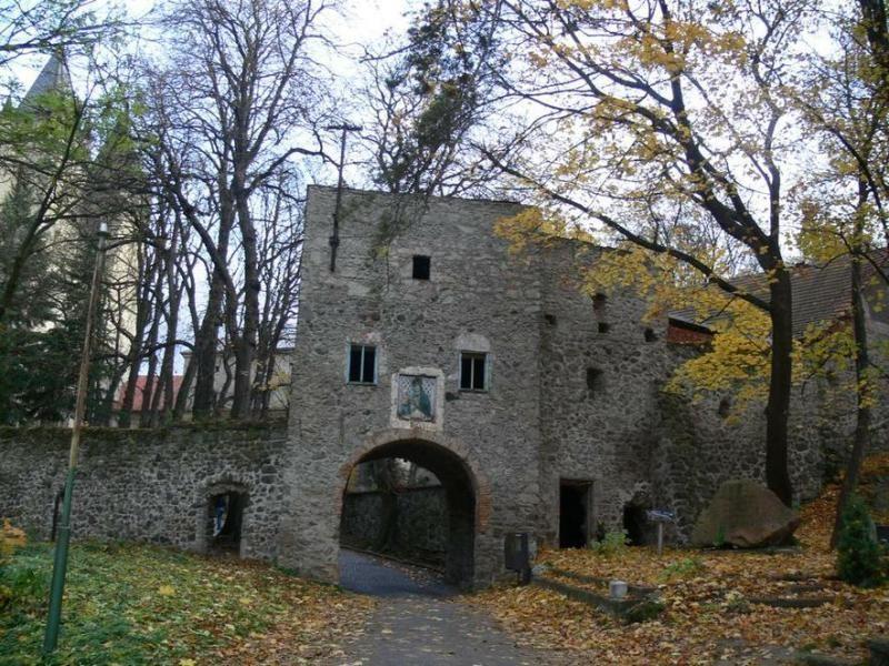 Монастырь в Гронски-Бенядик