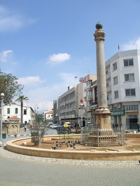 Площадь Ататюрка (площадь Сарай)
