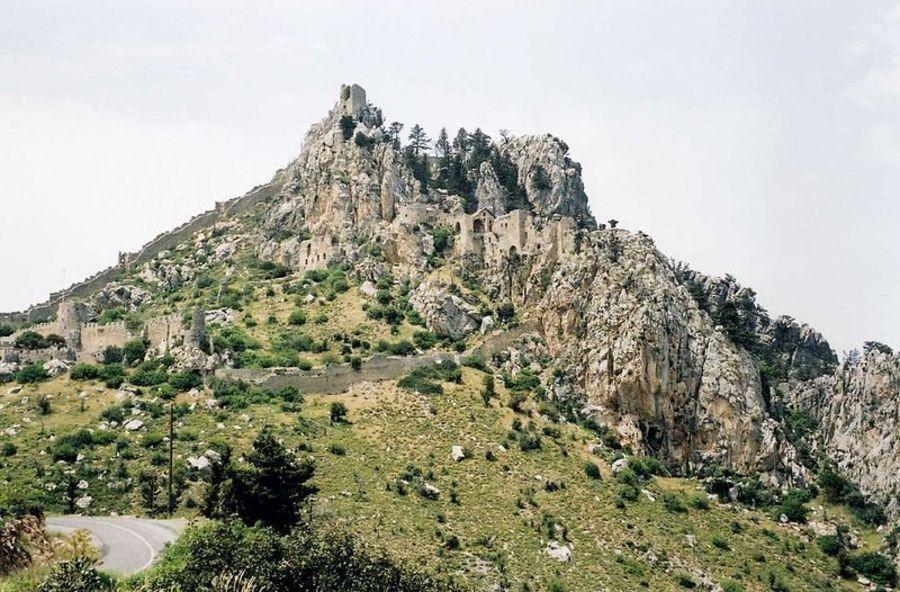 Замок Св. Иллариона