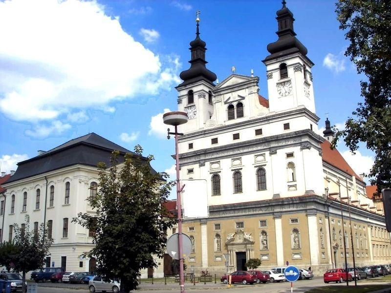 Университетская церковь Св. Иоанна Крестителя