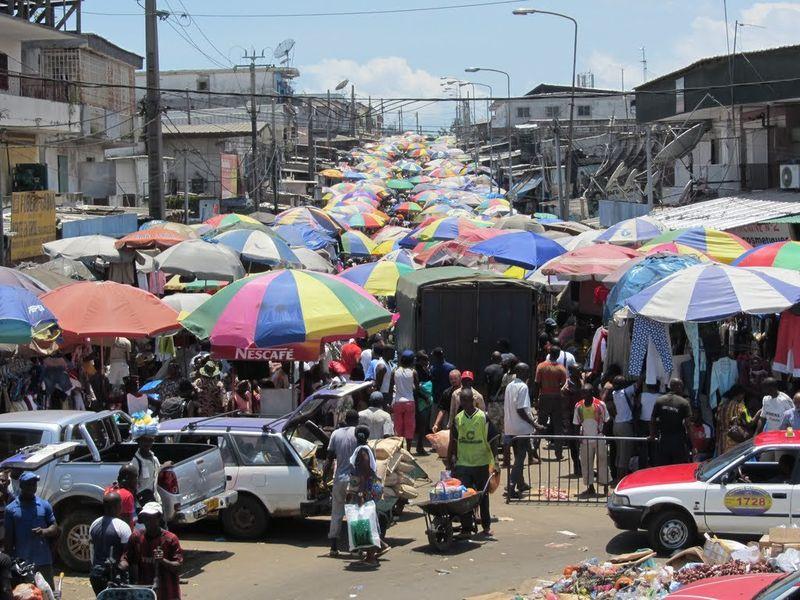 Рынок в Мон-Буэ