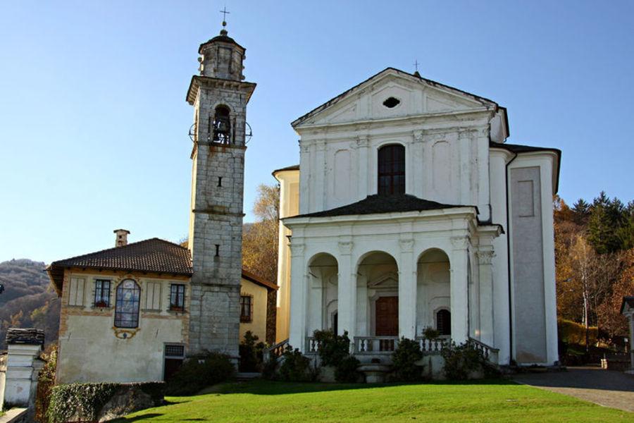 Церковь Сантуарио-делла-Мадонна-дель-Сассо