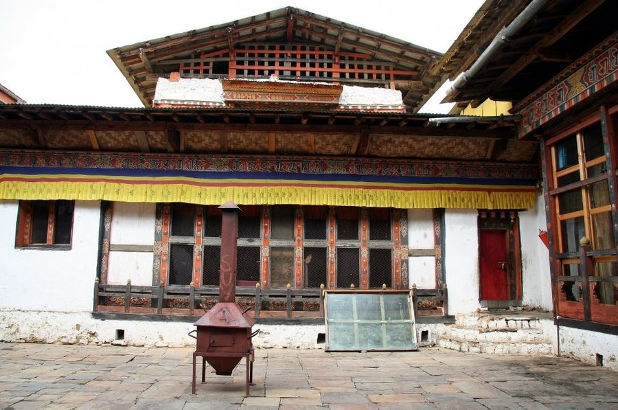 Монастырь Джампей-Лаганг