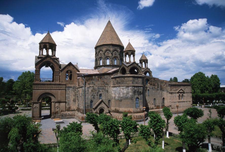 Духовная академия Св. Эчмиадзина