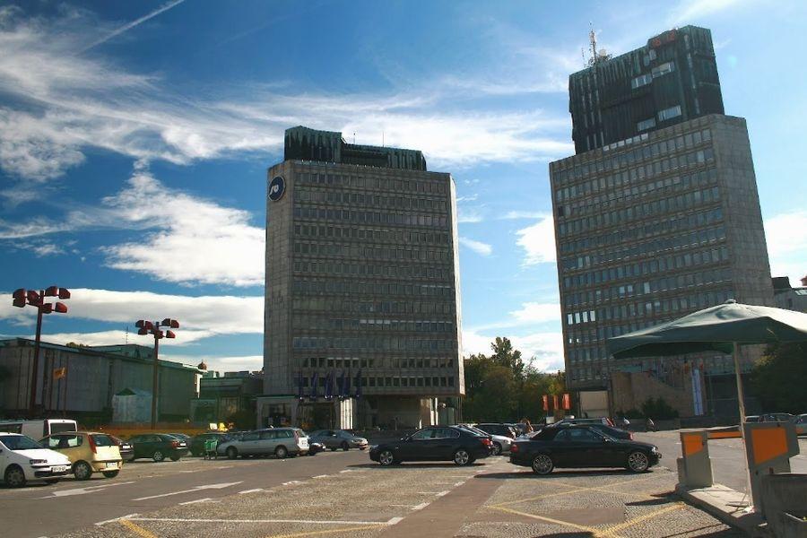 Площадь Республики, Любляна