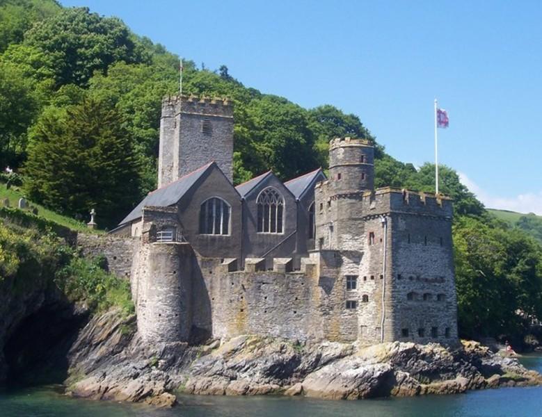Дартмутский замок