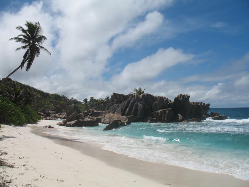 Пляж Ансе Кокос