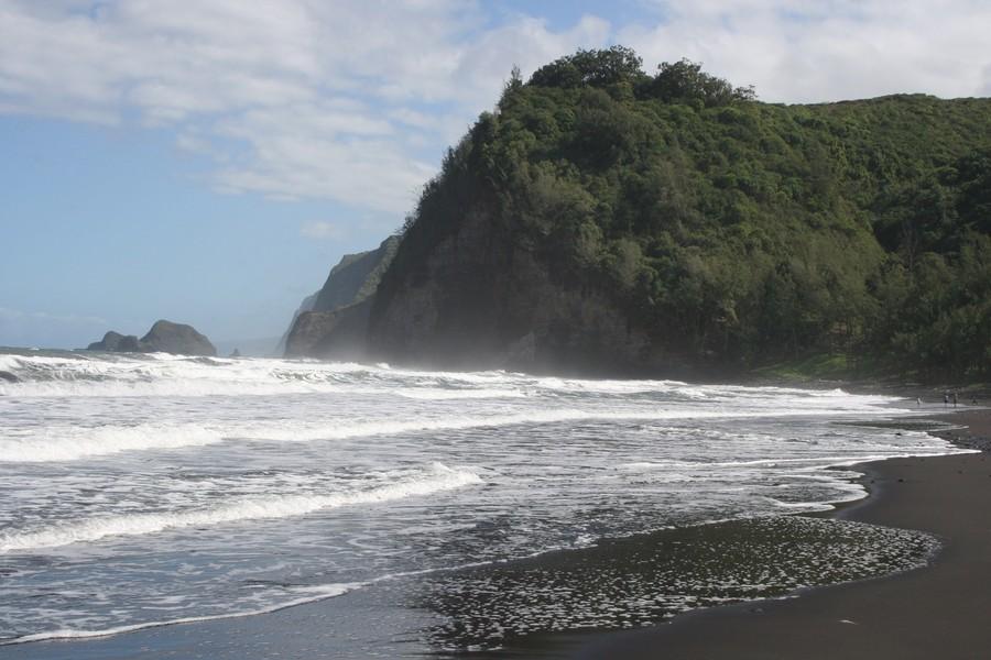Пляж Пололу