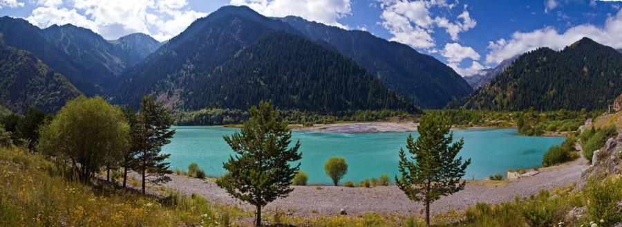 Озеро Иссык. Казахстан