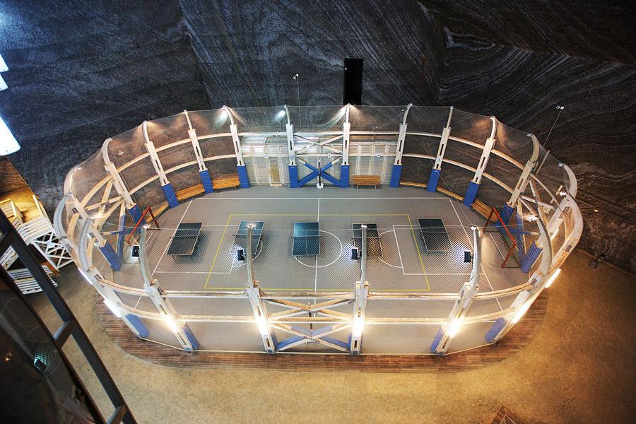Путешествие в Румынию на соляную шахту Салина Турда