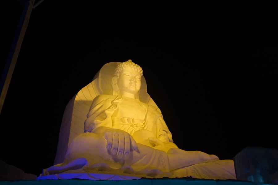 Международный фестиваль ледяных фонарей и скульптур в Харбине