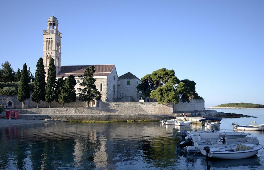 Остров Хвар на юге Хорватии