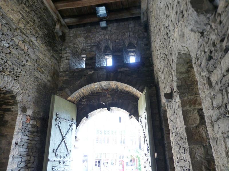 Замок Грэйвенстин в Генте