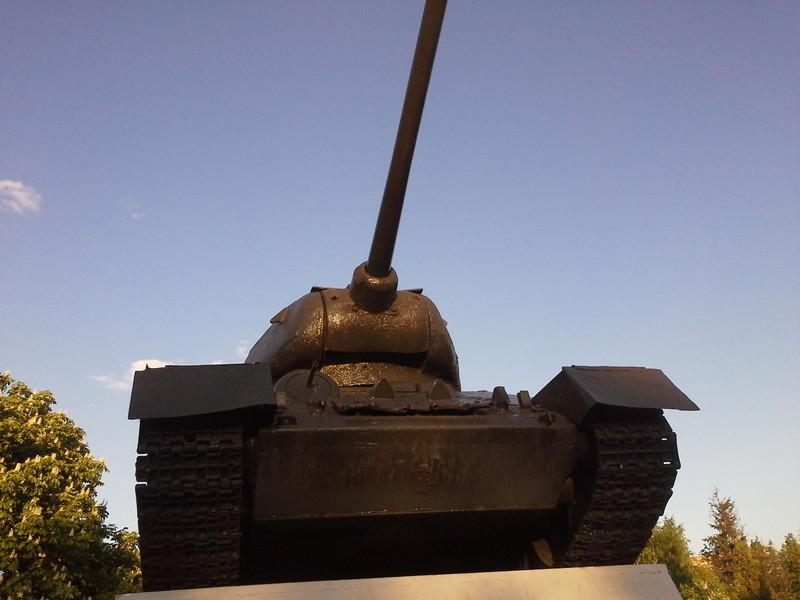 Выставка военной техники в сквере имени Марии Рубцовой в Химках