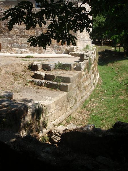 Руины древнего города Тегея