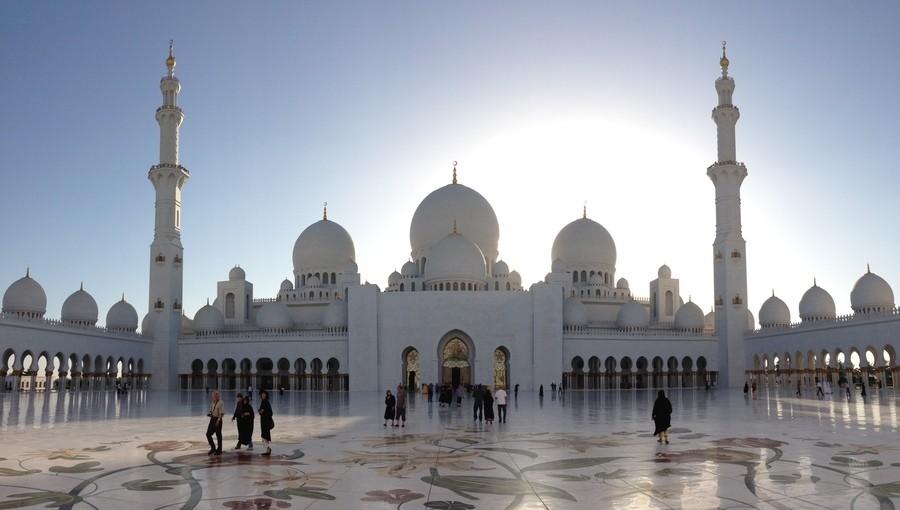 Уикенд в Абу-Даби