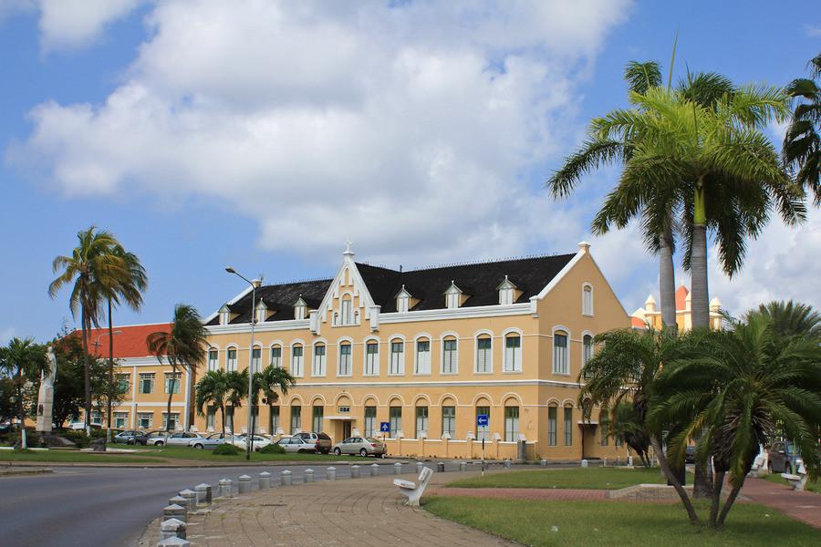 Столица Кюрасао Виллемстад и его окрестности