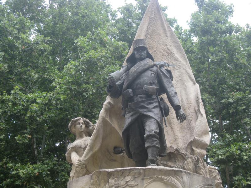 Мадридские памятники и статуи