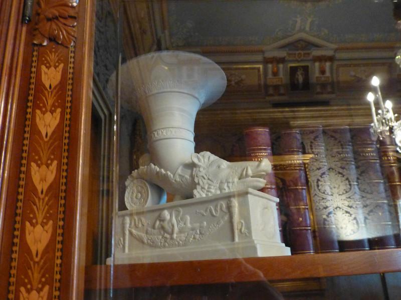 Дворец Альбенис в Барселоне
