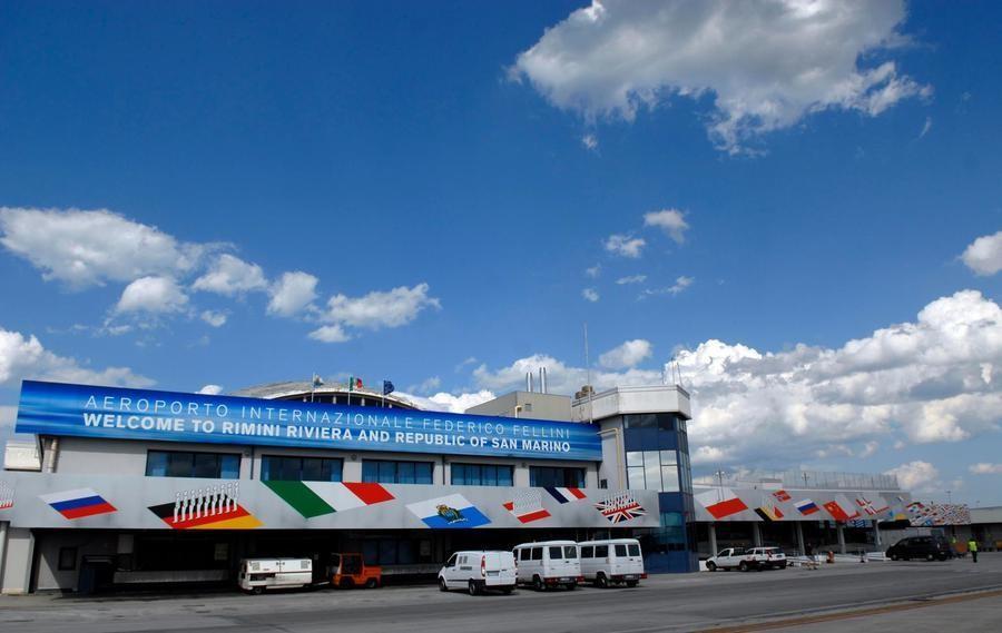 Международный Аэропорт Имени Федерико Фелини