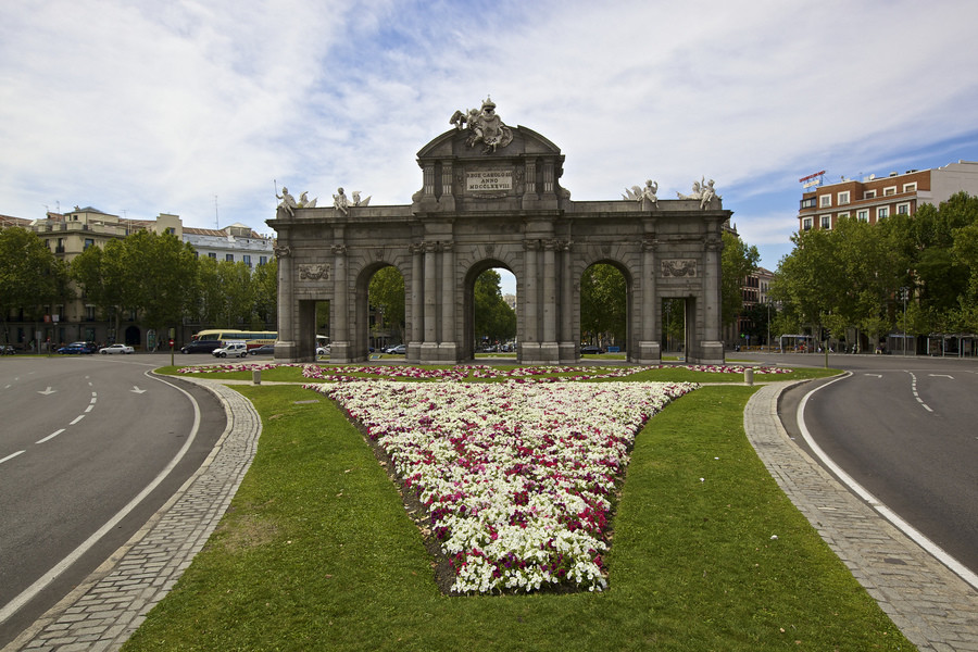 Мадрид – грациозность и монументальность