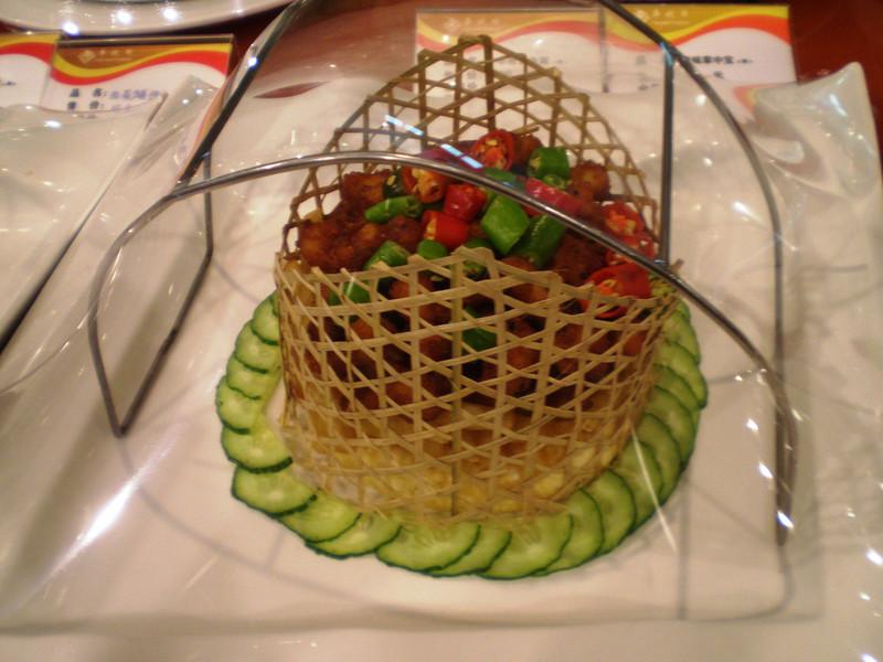 Китайская кухня. Что можно попробовать в ресторане в Шанхае :)