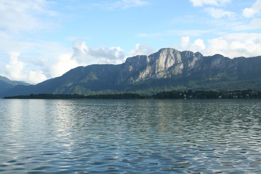 Ярмарочная коммуна и озеро Мондзее