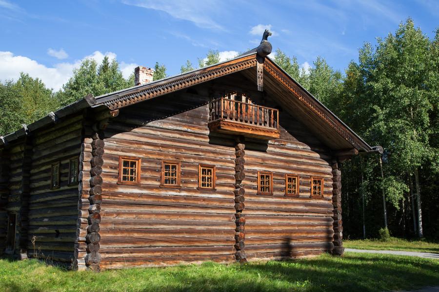 Государственный музей деревянного зодчества и народного искусства северных районов России - Малые Карелы
