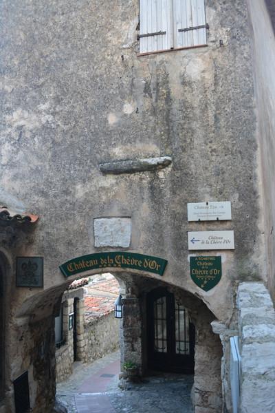 Одна из жемчужин Франции - древняя деревушка Эз на Лазурном берегу