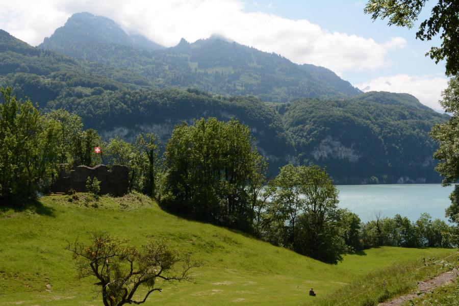 Швейцарский Везен. Хорошее место, чтобы встретить старость :)