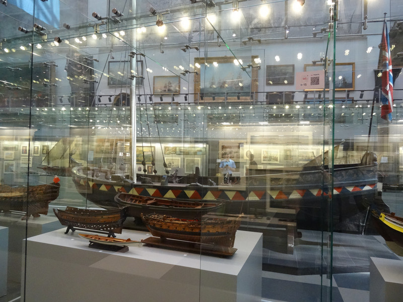 Центральный военно-морской музей в Санкт-Петербурге