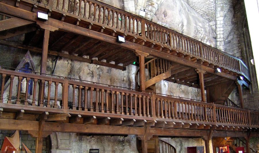 Средневековый городок Рокамадур на юго-западе Франции