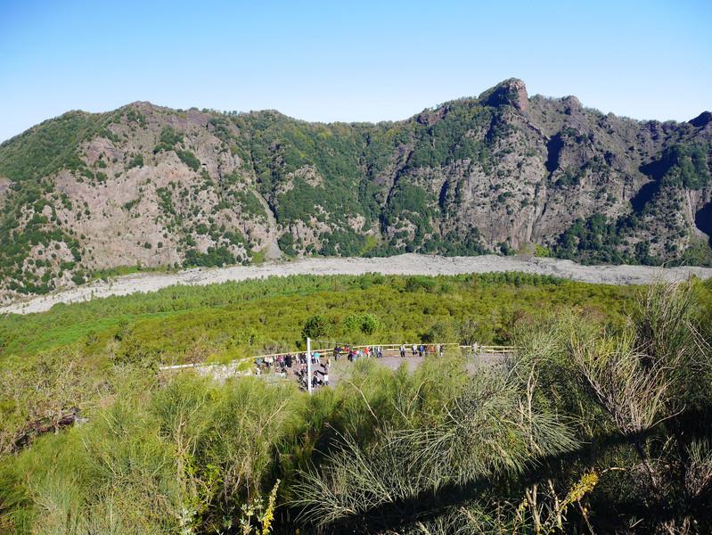 Восхождение на вулкан Везувий