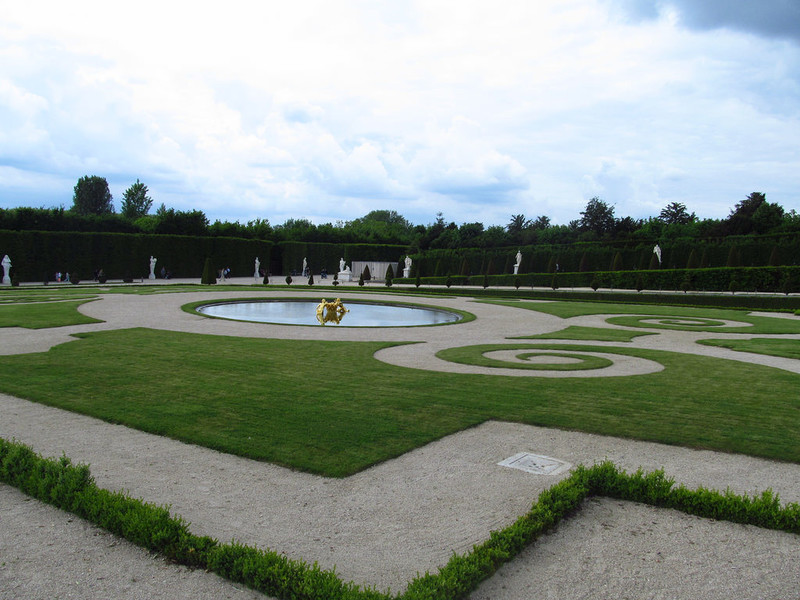 Дворцово-парковый ансамбль Версаля