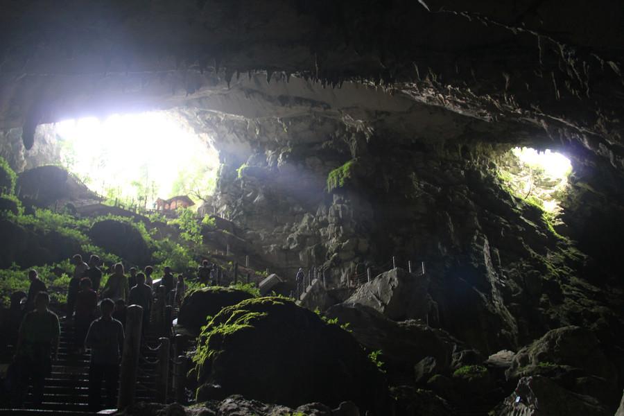 Карстовые пещеры Чжицзинь