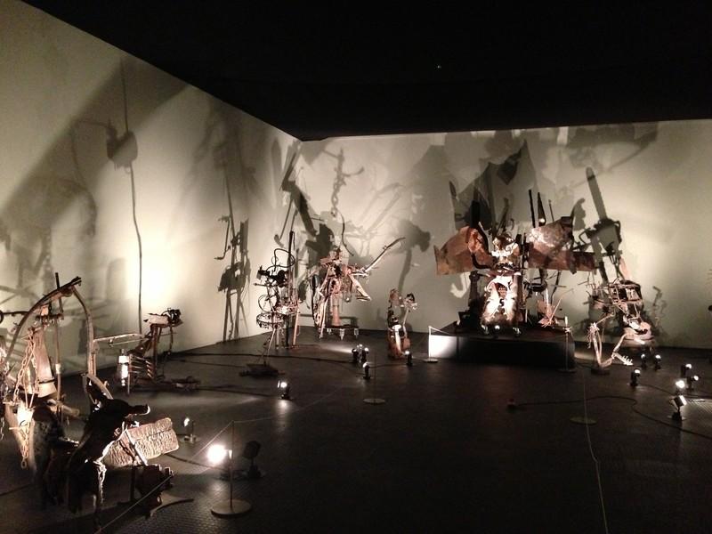 Музей Жана Тэнгли. Базель. Швейцария