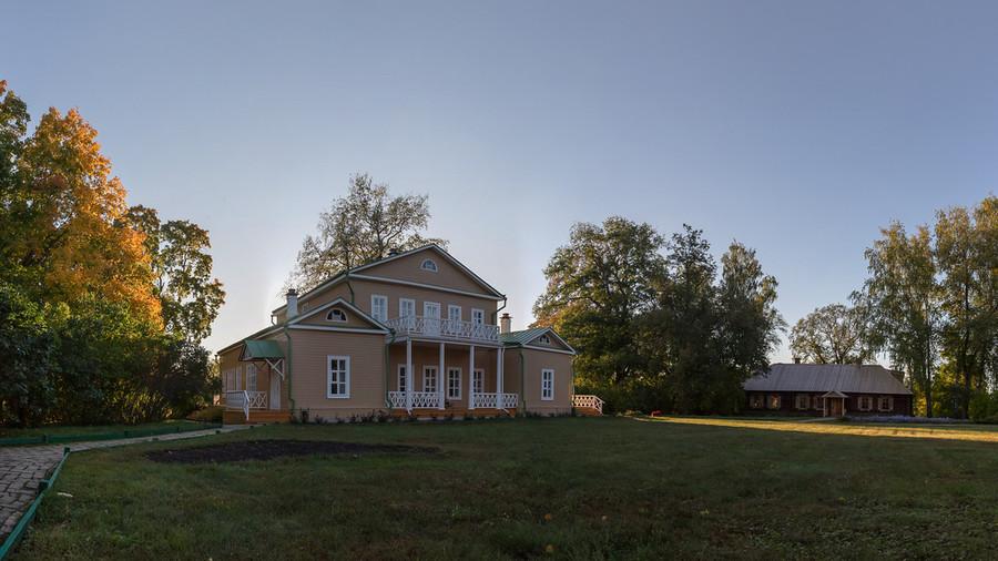 Усадьба Тарханы. Лермонтовский музей-заповедник