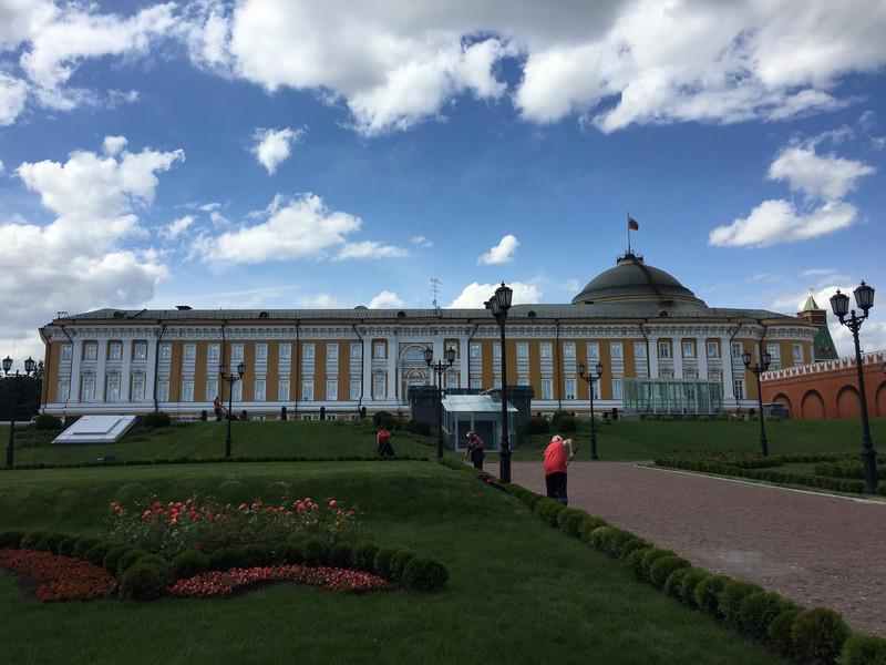 Погуляли по Московскому Кремлю