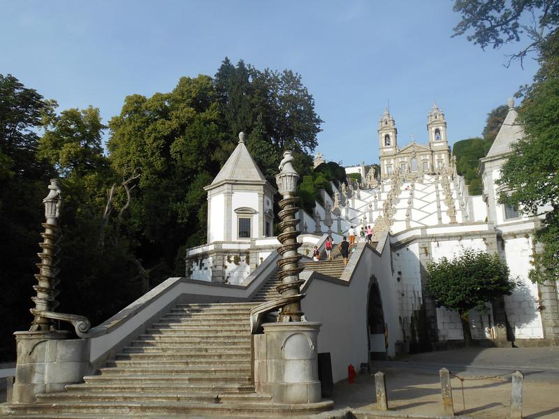 Путешествие по Португалии. Брага и Гимарайнш