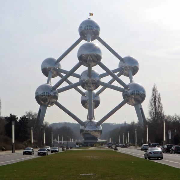 Атомиум - символ Брюсселя